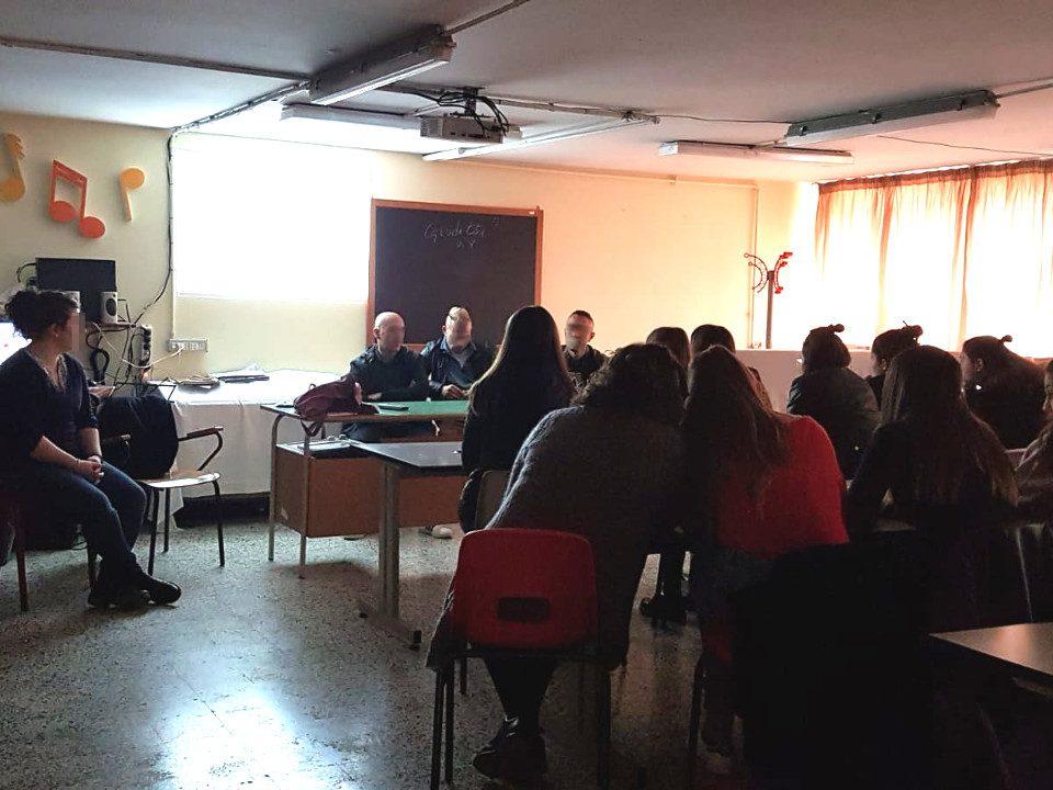 Studenti del liceo Giulio Cesare Manara Valgimigli incontrano ospiti della Comunità Terapeutica di Vallecchio
