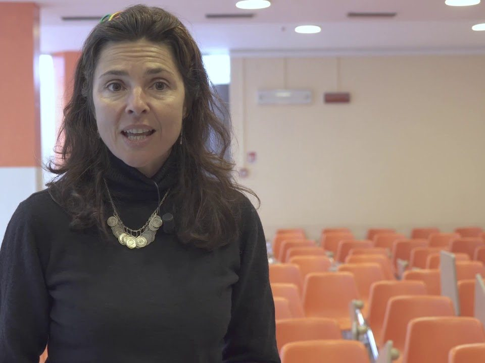 """Frame del video """"Adolescenti e Migranti: Narrazione e Identità"""", che corona il progetto della Società Psicoanalitica Italiana (Spi) di Rimini"""