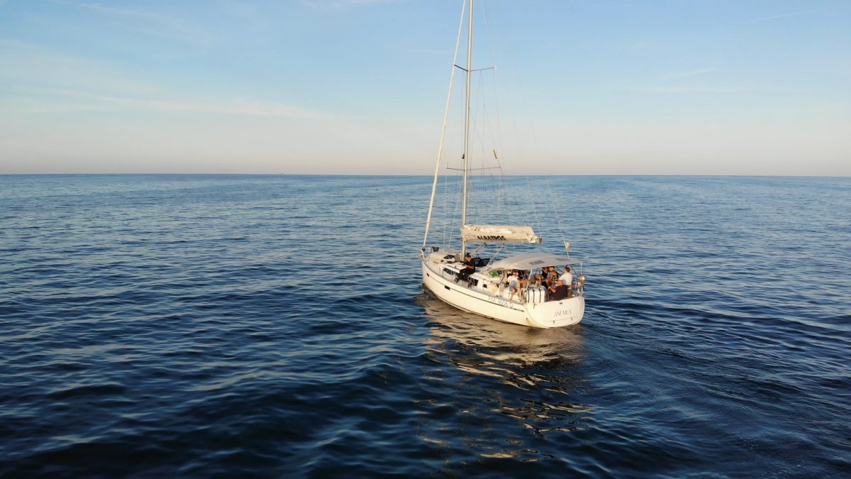 Progetto Ulisse, la barca della crociera terapeutica della Cooperativa Sociale Cento Fiori