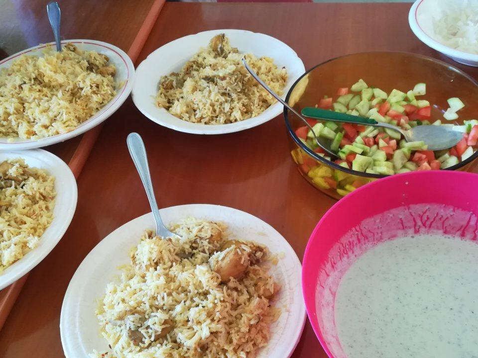 Gli ingredienti del Chicken byrani (pollo, riso e spezie)